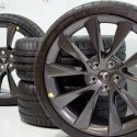 21″ TESLA MODEL S CARBON SONIC GRAY TAKE OFFS WHEELS AND TIRES (Copy)